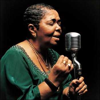 Cesaria Evora Returns To Romania For The Fifth Time After
