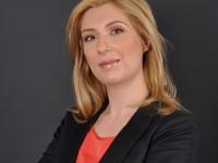 Andreea Bovnoczki, Schneider Electric