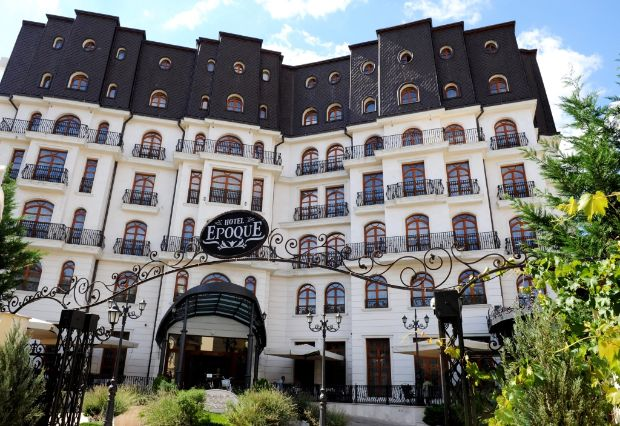 hotel epoque bucharest luxury hotel expects 8 pct