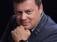 Andrei_Pitis_Vector Watch