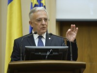 Isarescu about debt discharge law