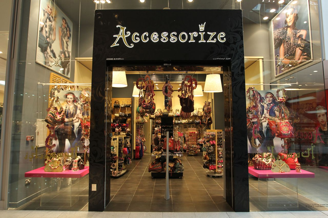 Company operating accessorize enters bankruptcy at its own for Accessoires shop