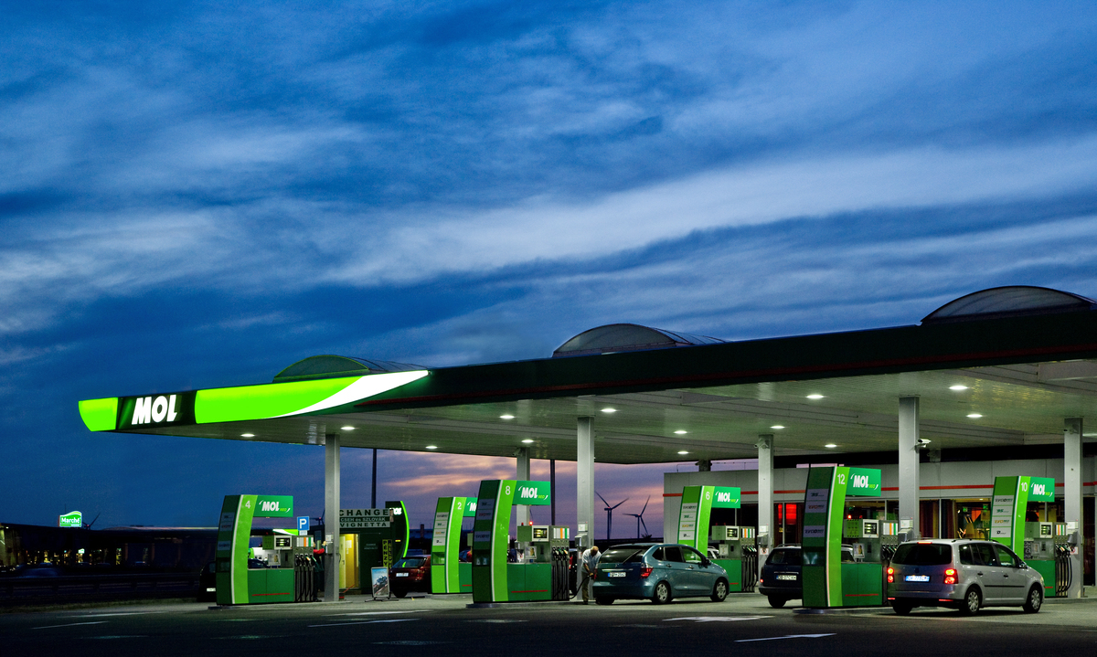 Find Gas Stations >> MOL Romania opens two gas stations in Rasnov and Busteni ...