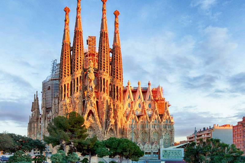 Usd 41 Million Deal Between Sagrada Familia And Barcelona Authorities Business Review